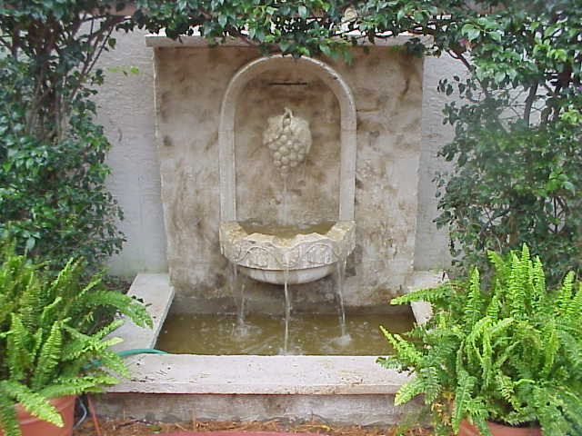 grapevine fountain, square basin